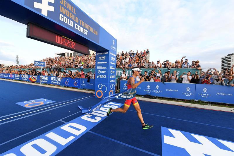دومين دور از مسابقات سه گانه سري جهاني ITU در گلد كوست استراليا برگزار شد.