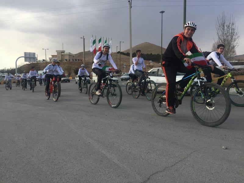 همايش دوچرخه سواري هيئت سه گانه چهارمحال و بختياري برگزار شد